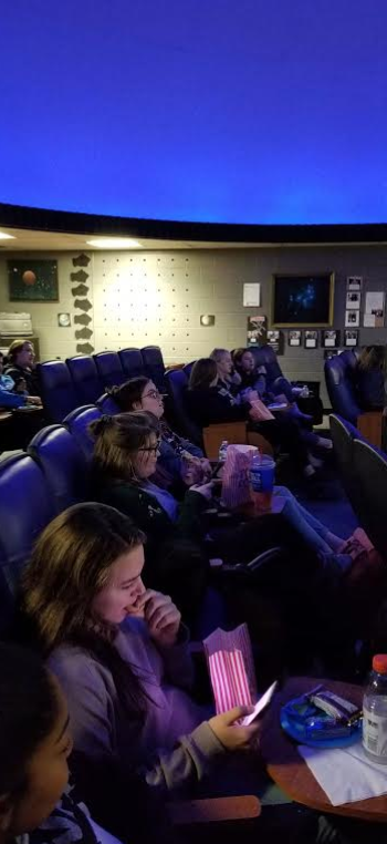 Movie+Time%21+Thanks+to+the+planetarium%27s+comfortable+seats+and+large+area%2C+the+students+were+able+to+spread+out.+Around+14+students+attended+movie+night.+