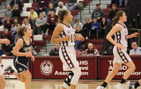 Girls' basketball team strives for playoffs