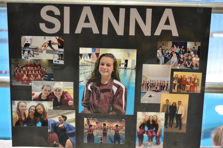 Sianna+Hatch%27s+senior+poster.+