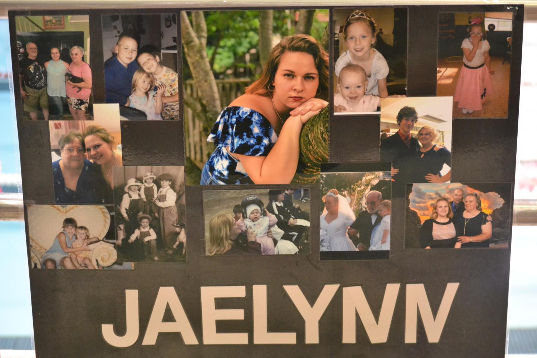 Jaelynn+Namenwirth%27s+senior+poster.