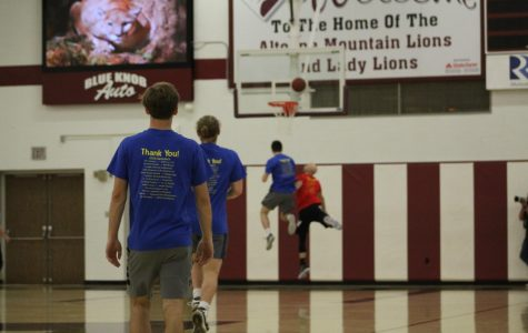Robinson, Meyers partner for alumni vs. student basketball game
