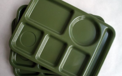 Cafeteria should switch to reusable trays