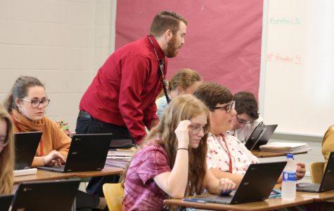 AP Spanish class plans presentations for elementary school teaching