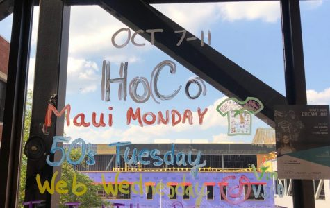 Students discuss Homecoming week preparations
