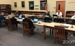 Navigation to Story: School board votes to return to all virtual instruction