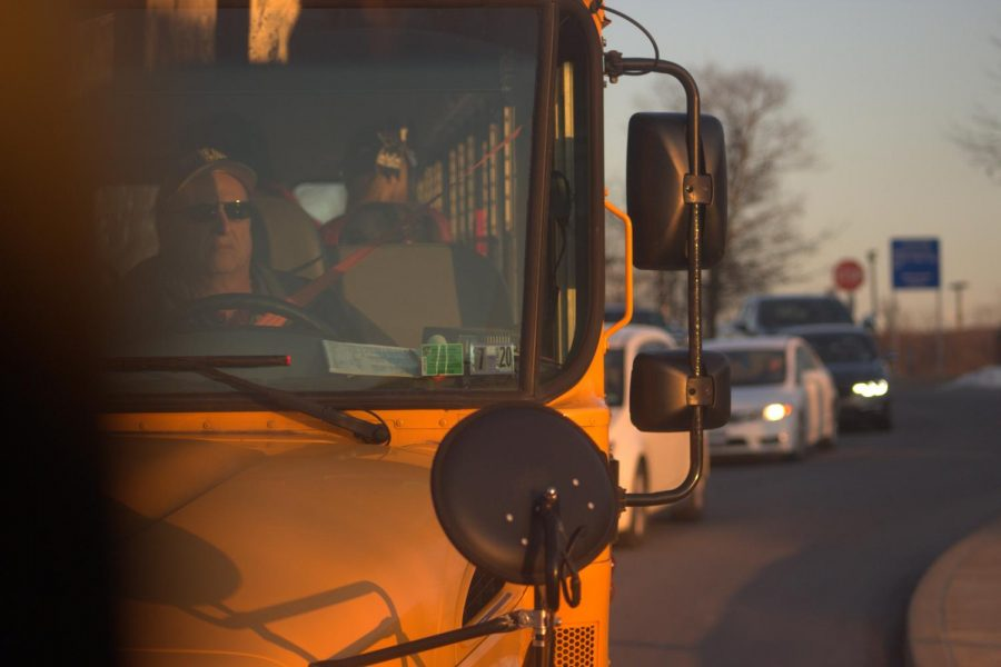 Bus students should be dismissed earlier