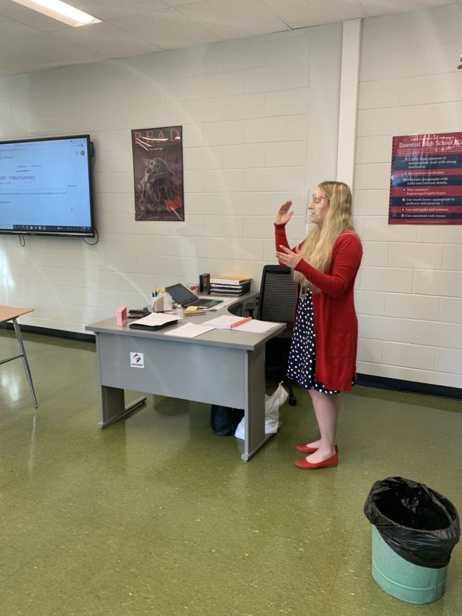 Teaching Up Alyssa Weidlich teaches her sophomore honors English  class. Weidlich returned to AAHS to teach after being a former student. She is happy to be back to the school that feels like home to her.